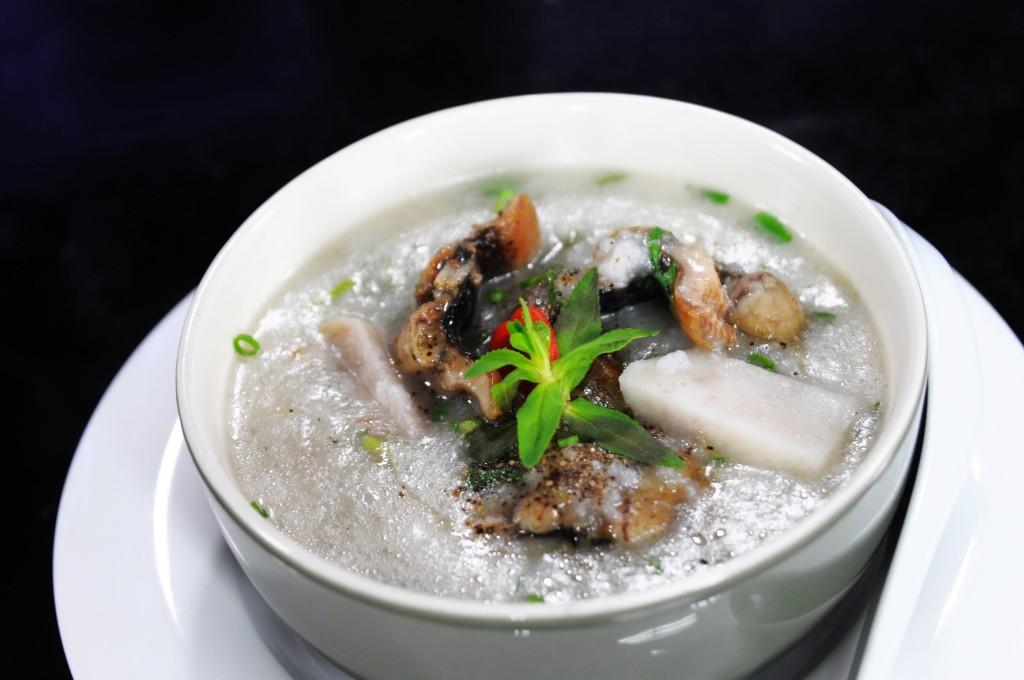 cach-nau-chao-giau-dinh-duong-cho-tre-bieng-an2